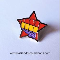 Pin Estrella Roja con Puño Republicano