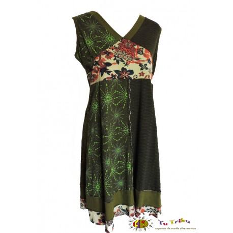 Vestido s/mangas verde multiestampado