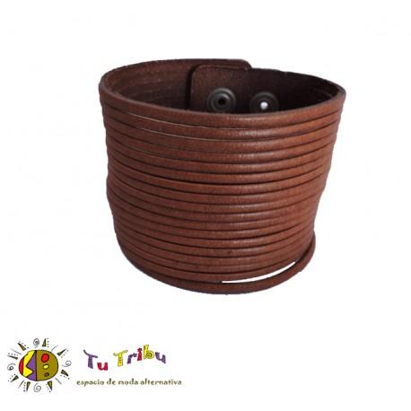 Pulsera tiras de cuero marrón