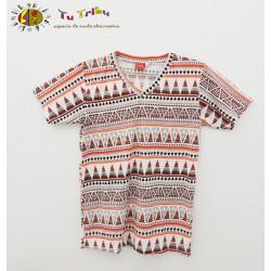 Camiseta chico dibujos étnicos.