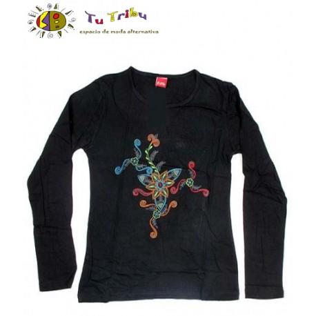 Camiseta m/l flor.