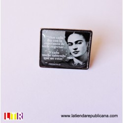 Pin rectangular Frida Kahlo