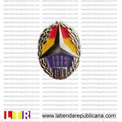 Pin honorífico a las Brigadas Internacionales